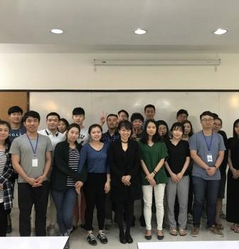 เอดู พาร์ค แชร์ความรู้และประสบการณ์ให้นักธุรกิจสายเลือดเกาหลีรุ่นใหม่
